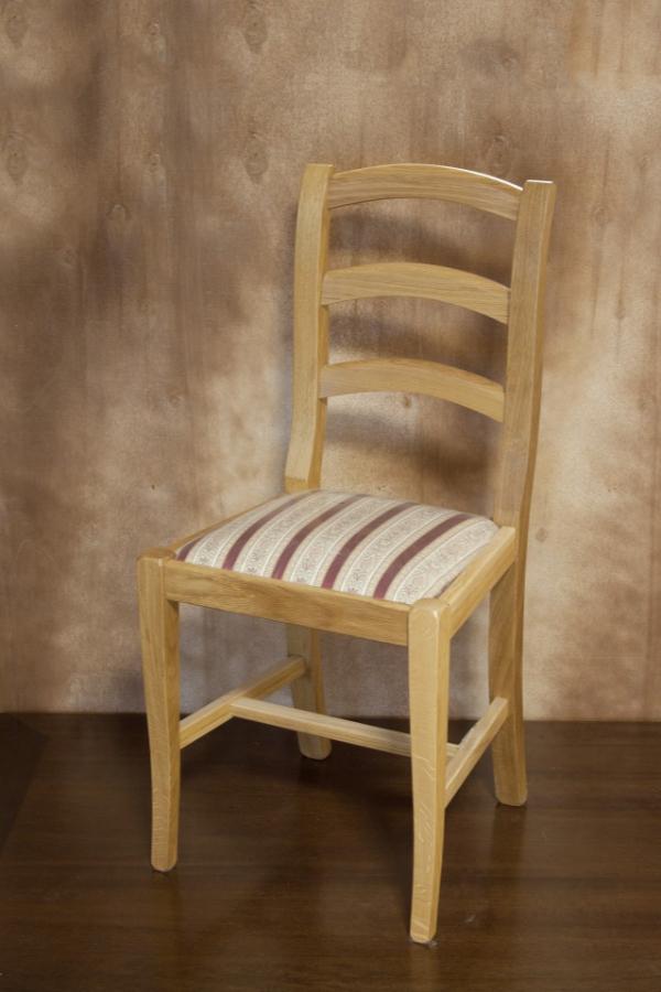 Sedia martani sedie f lli lusardi di ferdinando snc for Sedie per tinello